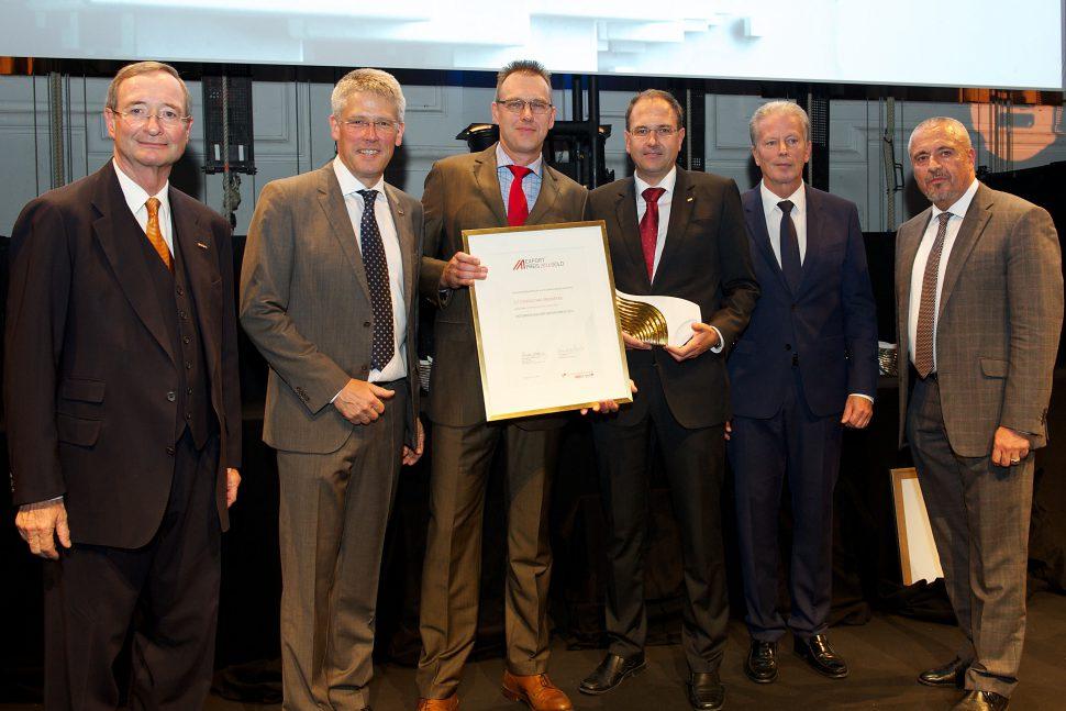 From left to right Präs. Leitl, Robert Bodenstein, Matthias Beisler und Alexander Speckle (ILF), Minister Mitterlehner, WD Scherz; Picture: Aussenwirtschaft Austria