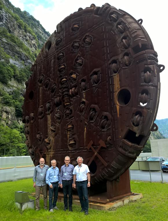 Gotthard-Basistunnel: Der längste Eisenbahntunnel der Welt geht in Betrieb