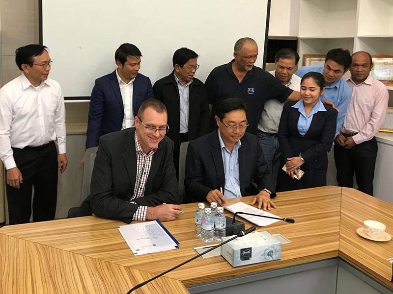 Nam E-Moun HPP Contract Signing ILF News
