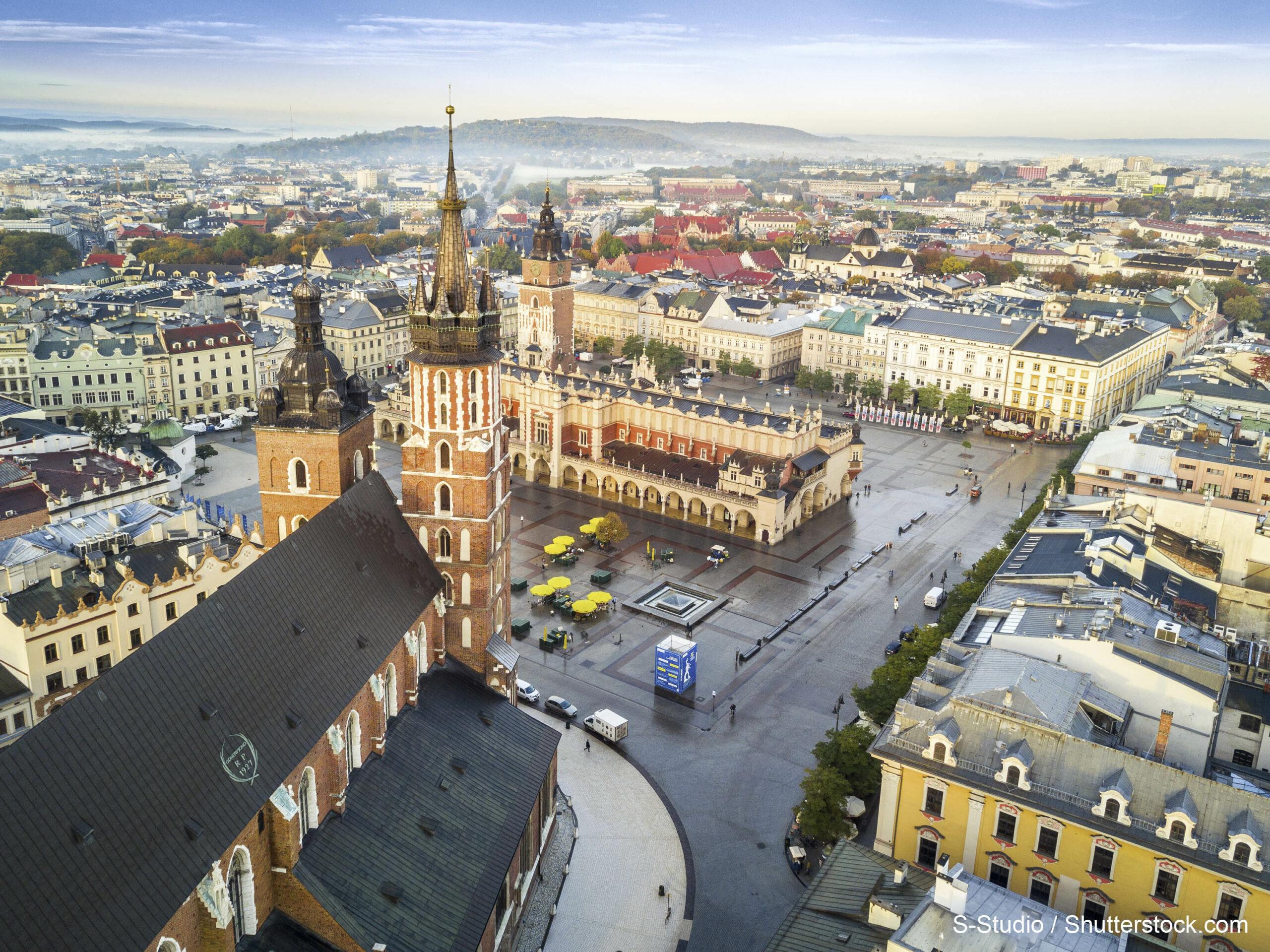 Beautiful,Historic,Market,Square,At,Sunrise,,Krakow,,Poland